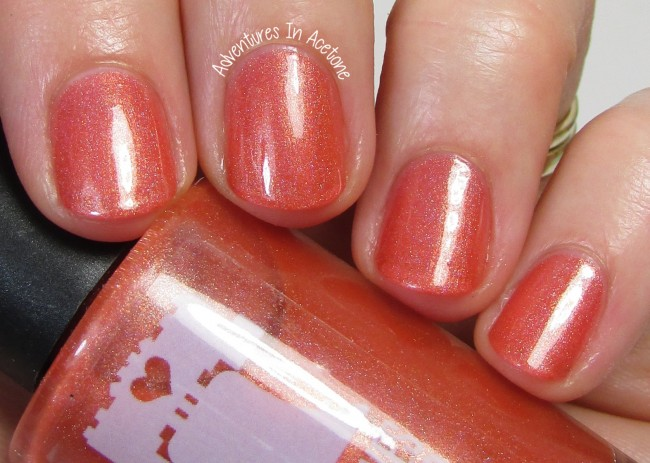Philly Loves Lacquer Taisteal Sábháilte (Safe Travels) 2 holo