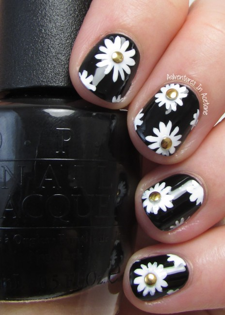 Black, white, and gold floral nail art 2
