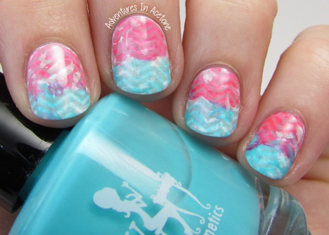 Pink and Turquoise Chevron Nail Art 2