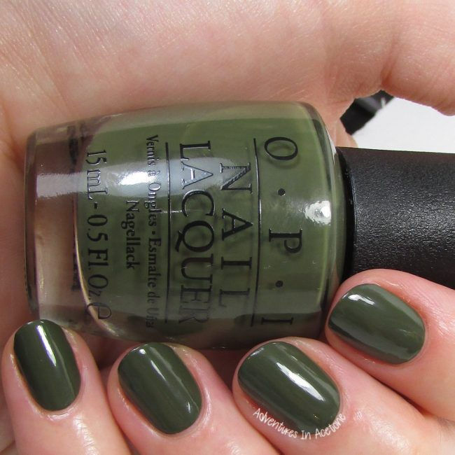 OPI Suzi- The First Lady of Nails